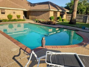 Weekly Pool Service Dallas Texas